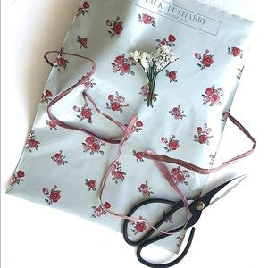 Floral poly mailers